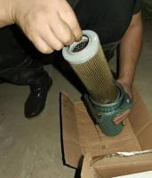 螺杆机更换油滤