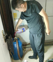 水冷柜冷凝器清洗