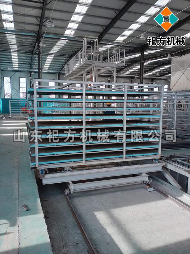墙板设备生产线