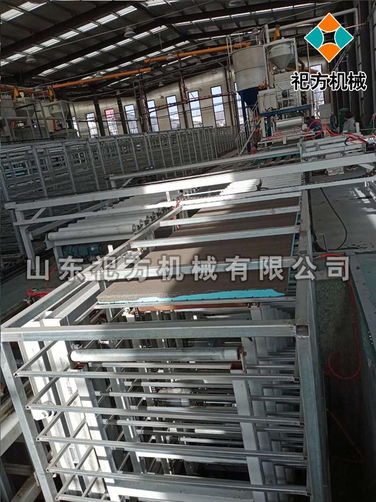 卧式墙板设备生产线
